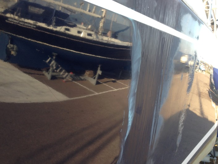 Boot poetsen door YachtcleanerY